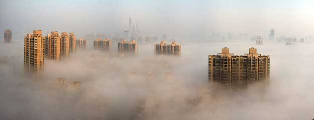 photo of city of Shanghai shrouded in pollution in 2013