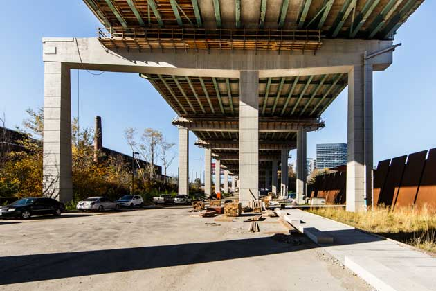 photo of the Gardiner expressway as it looks today