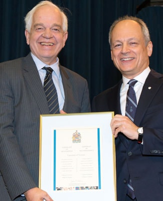 photo of Minister McCallum and President Gertler
