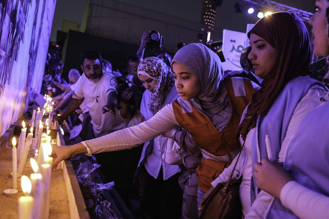 photo of relatives of EgyptAir crash victims at vigil