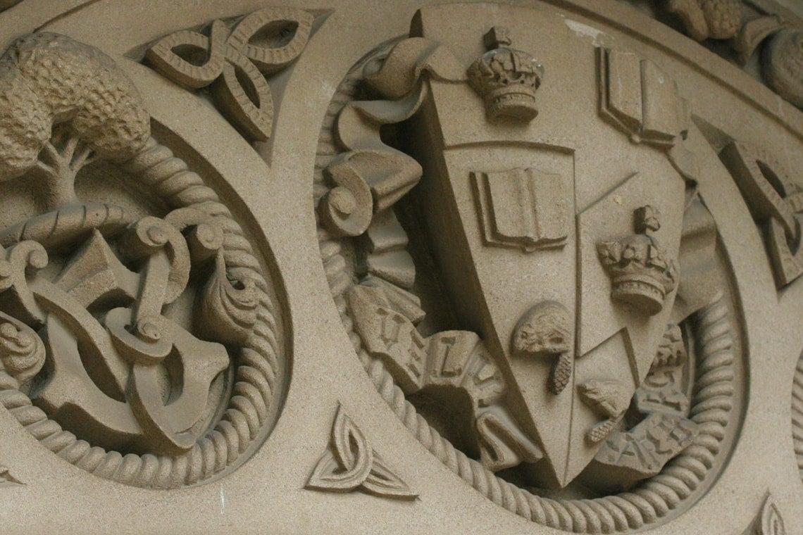 photo of stone crest