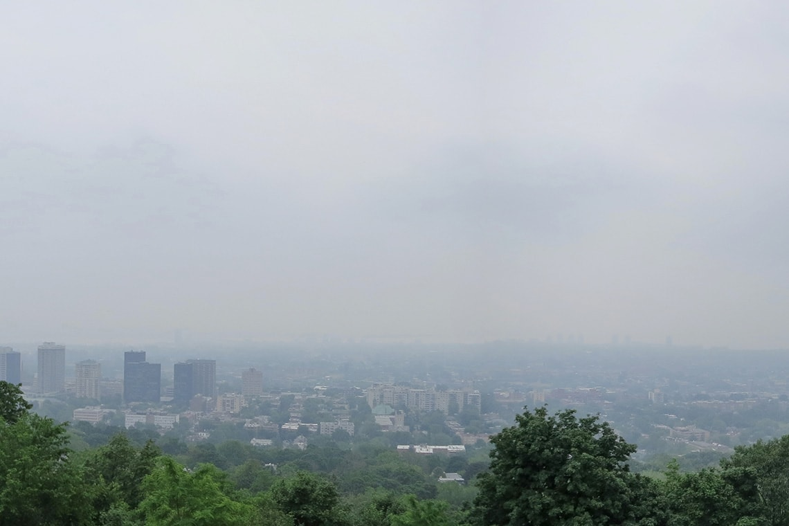 Photo of Montreal showing smog
