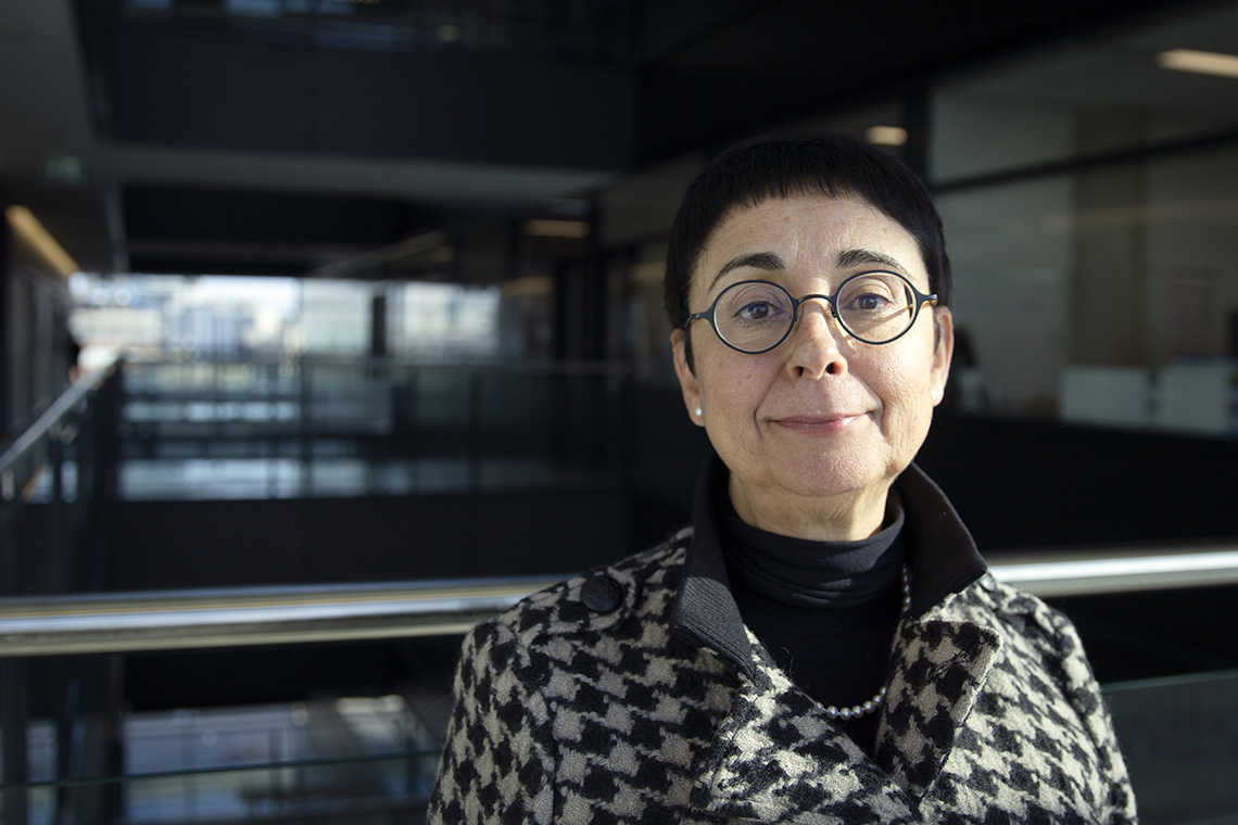 Photo of Professor Reina Bendayan