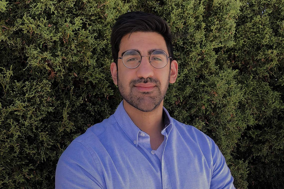 PhD student wins Three Minute Thesis contest for presentation on medieval Persian poet