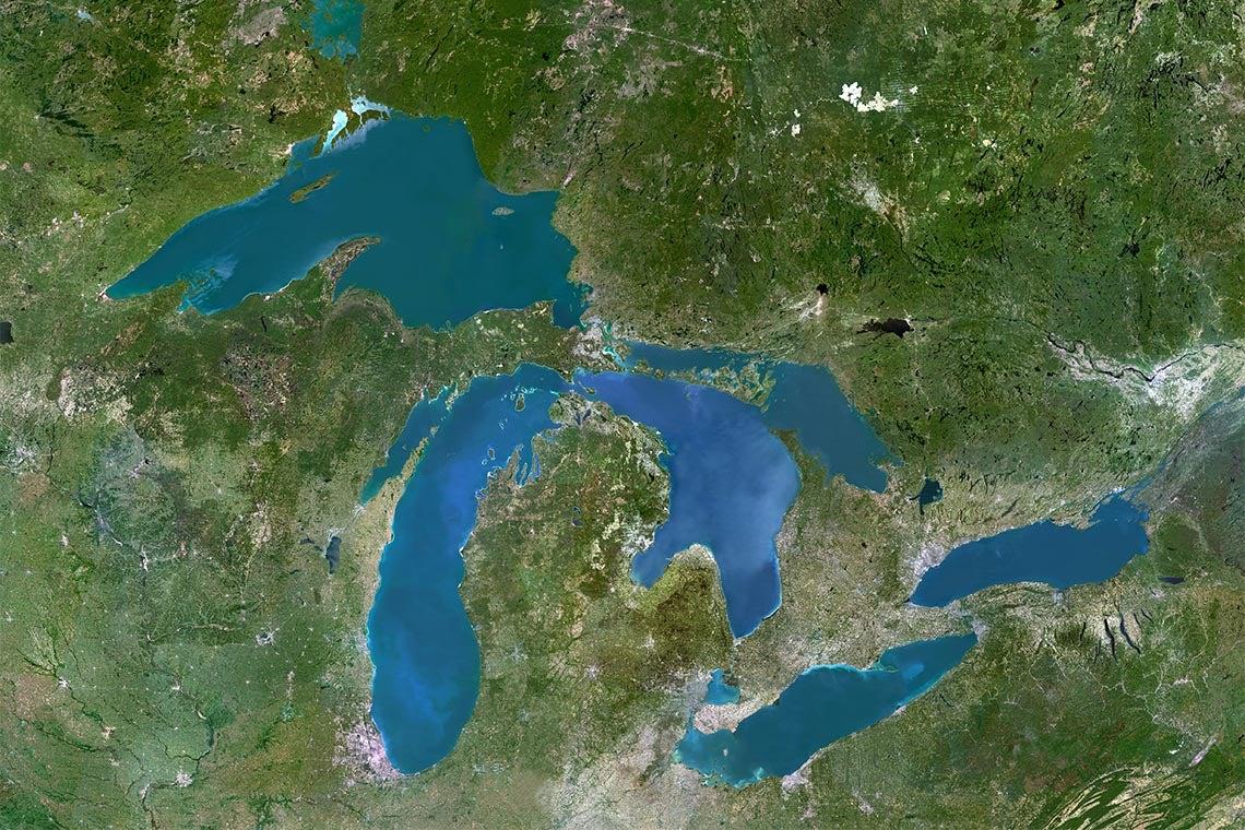 satellite image of the greak lakes region