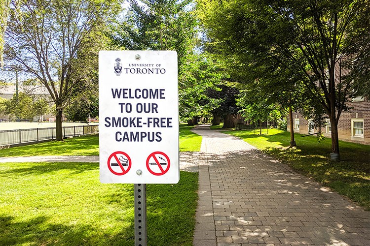 no smoking sign at U of T campus