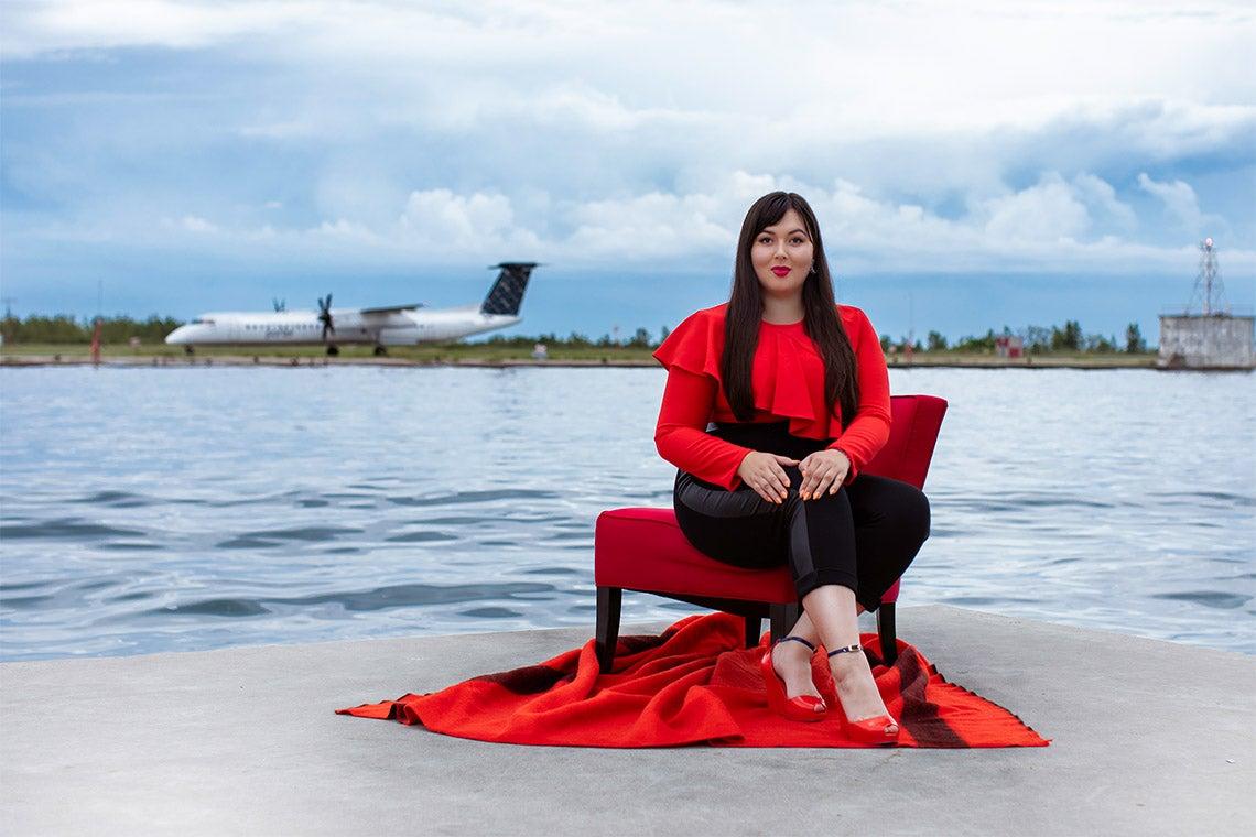 Indigenous Designer In The Spotlight After Her Dress Turns Heads At Golden Globes