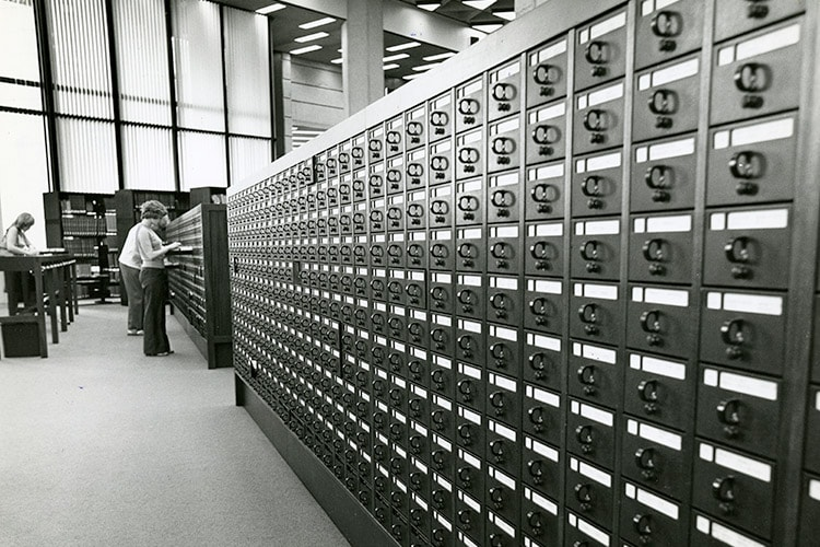 Robarts card catalog in 1973