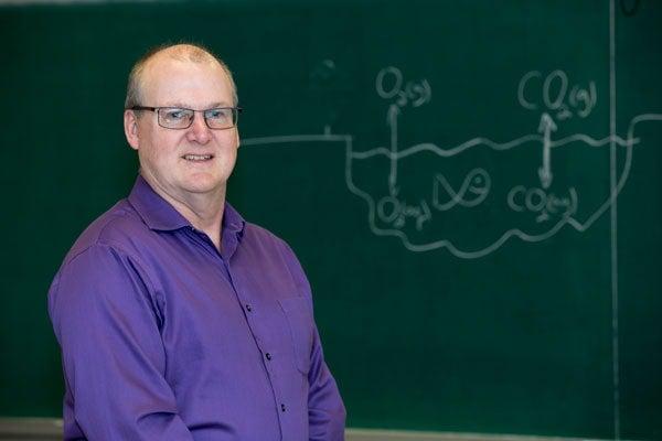 photo of Professor Evans