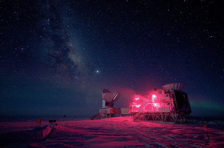 South Pole telescope in red light