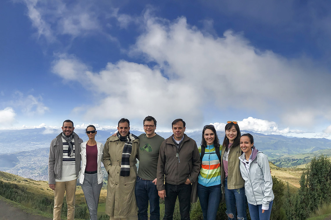 Photo of Keith Pardee's group in Ecuador