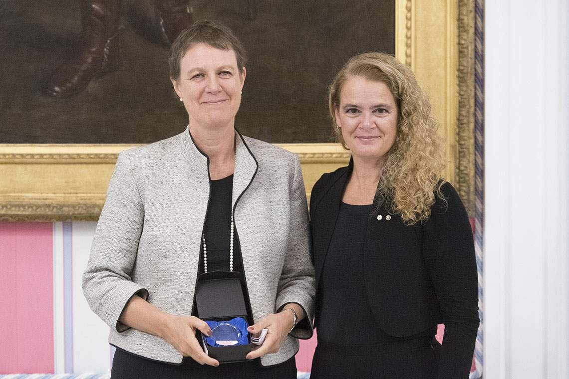 Photo of Tania Li and Julie Payette