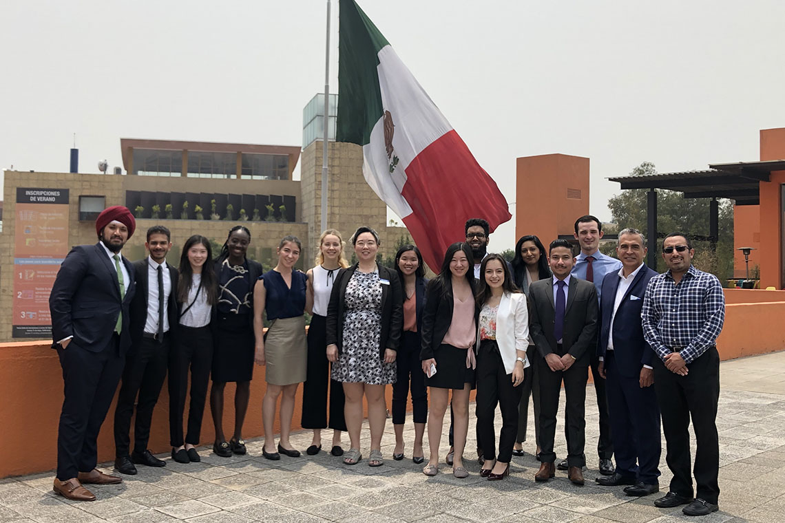 Group photo of Rotman Commerce students in Mexico