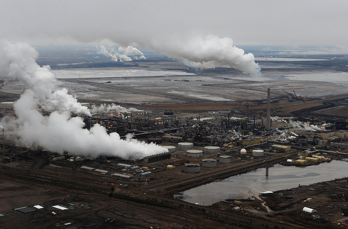 Photo of oil sands operations near Fort McMurray, Alta.