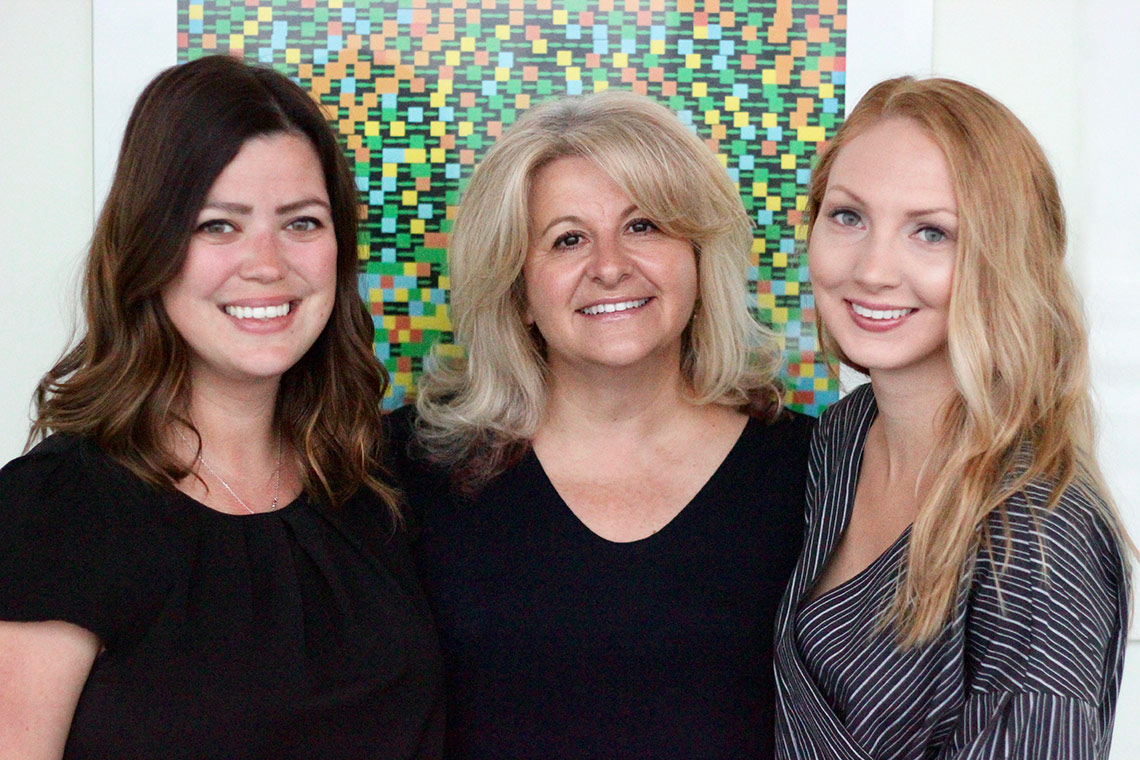 Cindi Morshead (centre) and graduate students Rebecca Ruddy (left) and Kelsey Adams