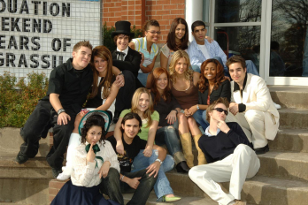 Photo of Degrassi cast
